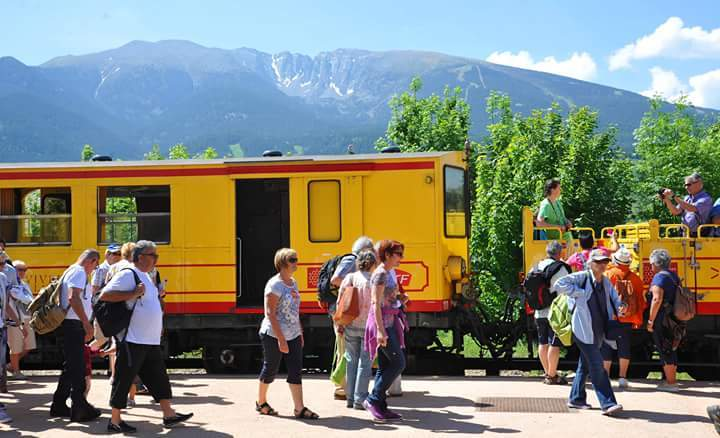 Circulez dans un Train jaune
